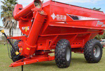 Tolva autodescargable GEA Gergolet Farmer-24-690x400