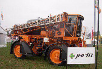 pulverizadora-jacto-uniport-3000-star24